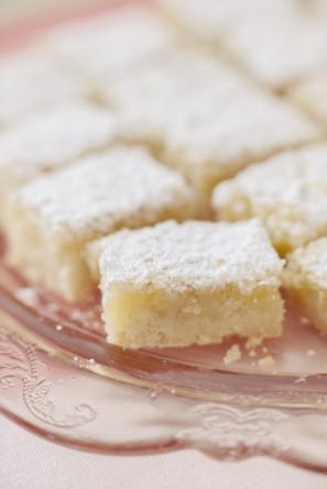 Lemon Bars Dessert Table