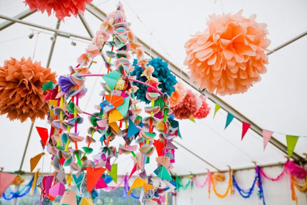 paper-chandelier-and-pom-poms