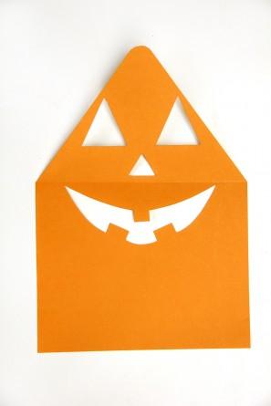 DIY Jack-o-Lantern Envelope Liner