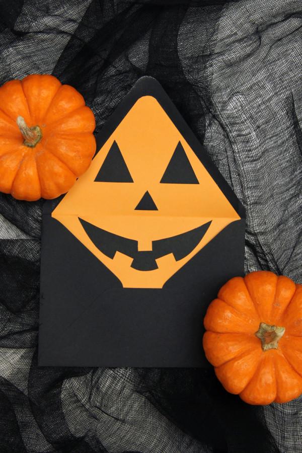DIY Jack-o-Lantern Envelope Liners