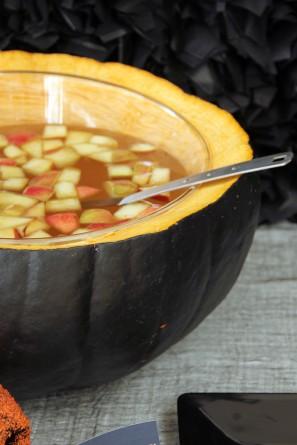 DIY Pumpkin Punch Bowl