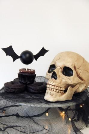 Halloween DIY Bat Cupcake Topper