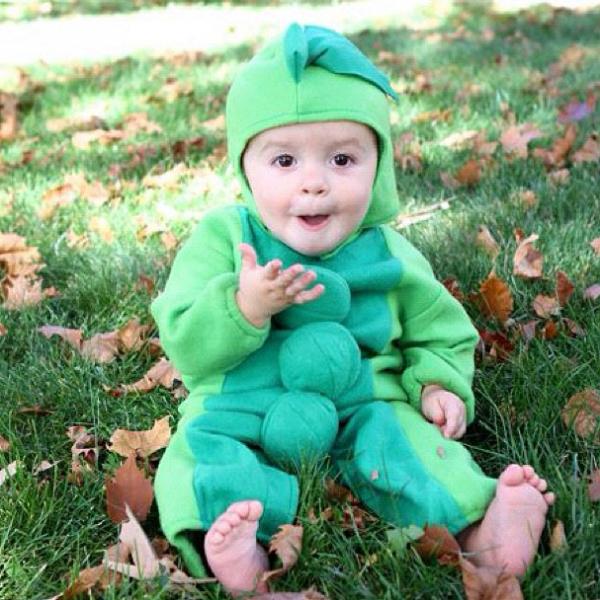 Baby Pea Costume