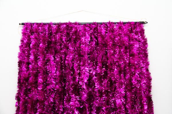 DIY Tinsel Photobooth Backdrop