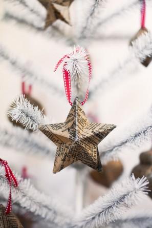 Newspaper Christmas Star Ornaments Tuck and Bonte