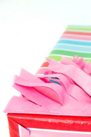 Fringe-Tassel-Gift-Wrap