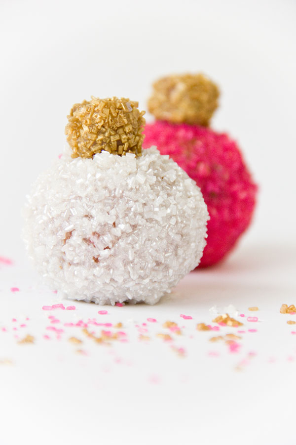 Easy Ornament Donut Holes