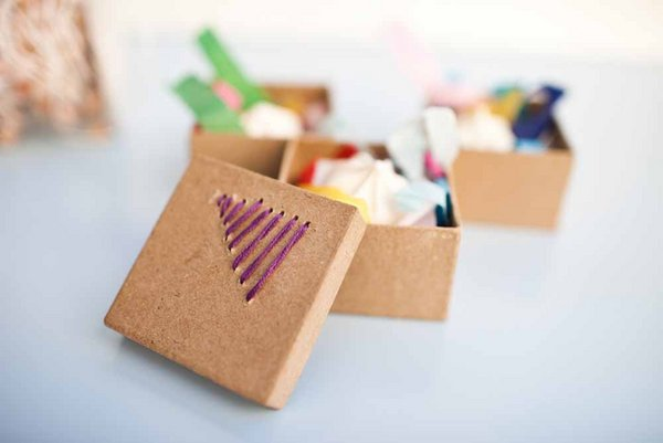 DIY Embroidered Favor Boxes