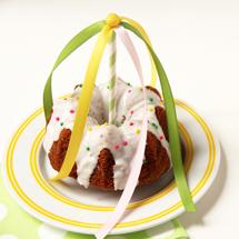 DIY Mini Maypole Cakes