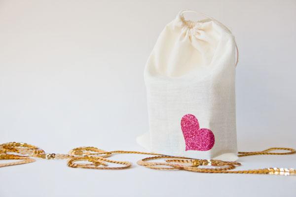 DIY Glitter Block Puzzle Valentine Tutorial