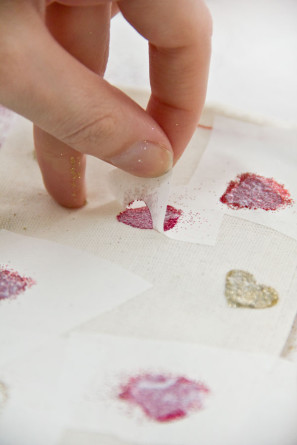 DIY Glitter Heart Bag Tutorial
