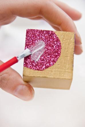 DIY Glitter Heart Block Valentines