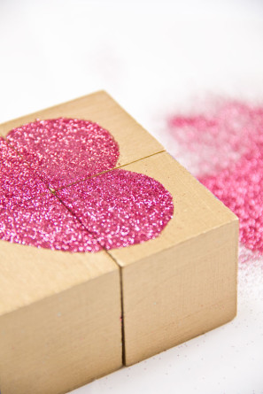 DIY Glitter Heart Blocks