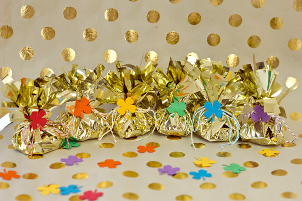 DIY Fringey Pots of Gold for St Patricks Day