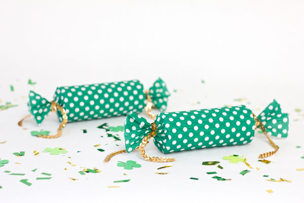 DIY St Patrick's Day Lucky Poppers