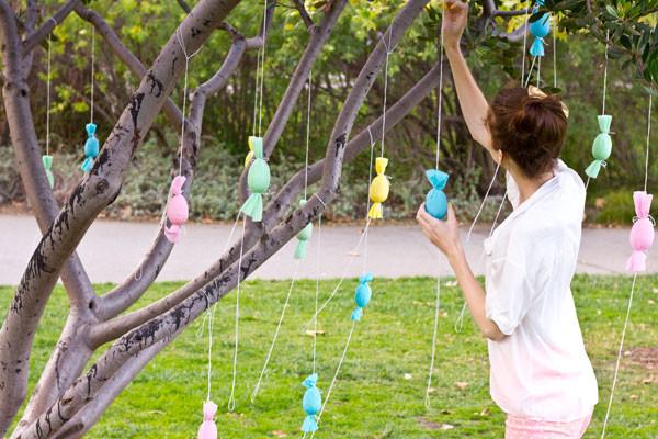 Egg Popper Tree DIY