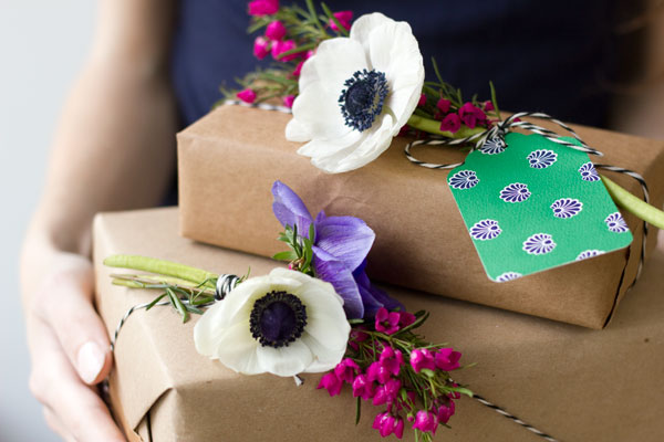 DIY Fresh Flower Gift Tags