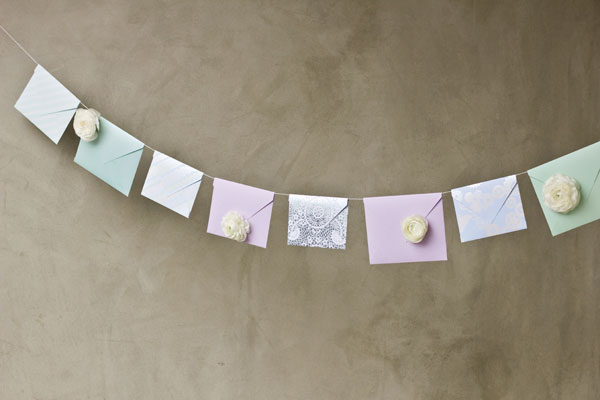 Fresh Flower Envelope Garland