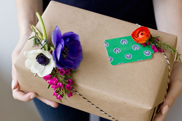 Fresh Flower Gift Packaging DIY