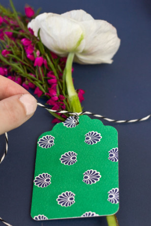 How To Make Flower Gift Tags