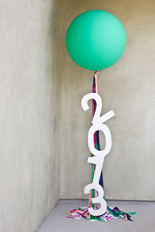 DIY Giant Message Balloons