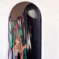 DIY Surprise Streamer Door
