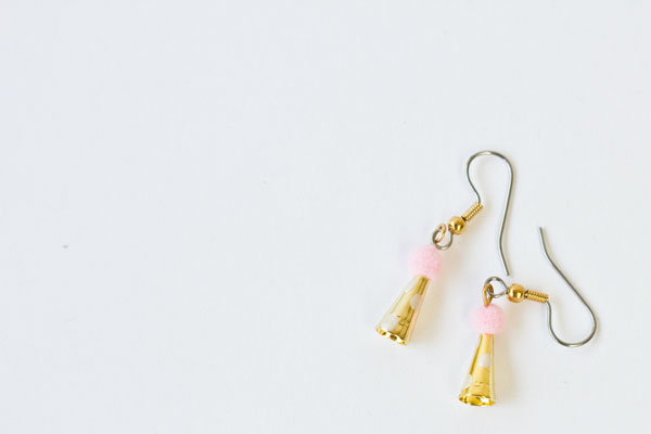 Party Hat Earrings DIY