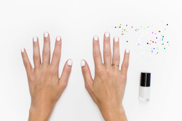 Confetti Manicure DIY