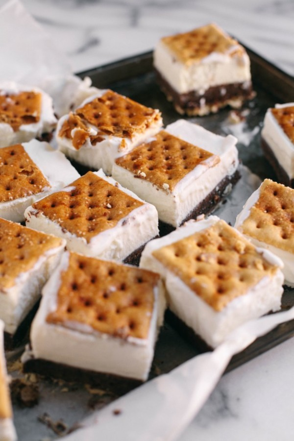 Ice Cream Sandwiches with Saltines