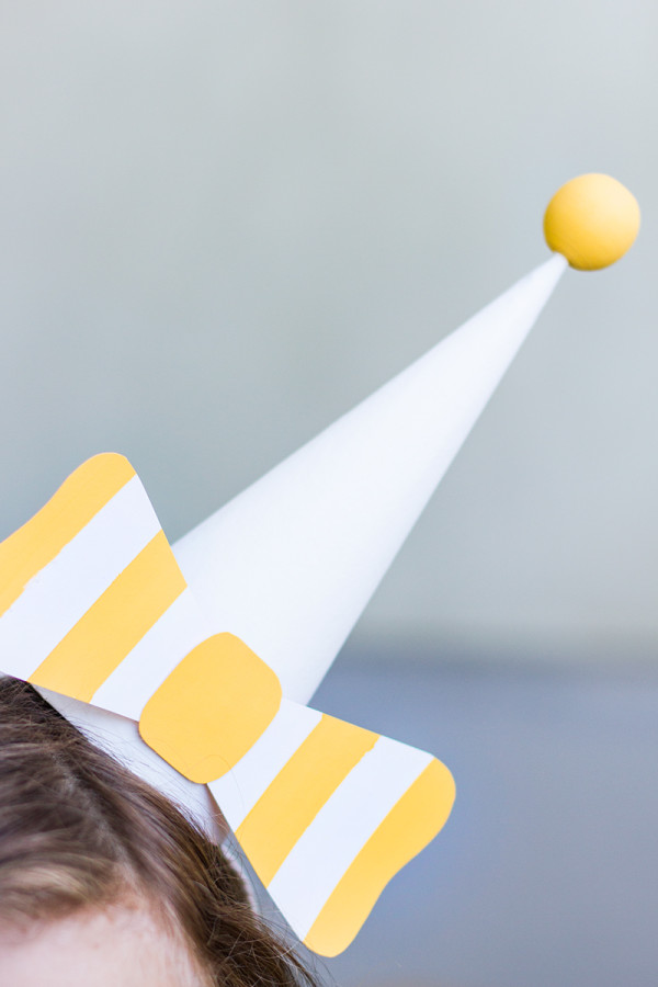 Paper Bow Party Hat DIY