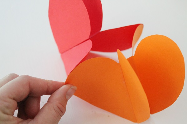Paper Heart Garland DIY Tutorial