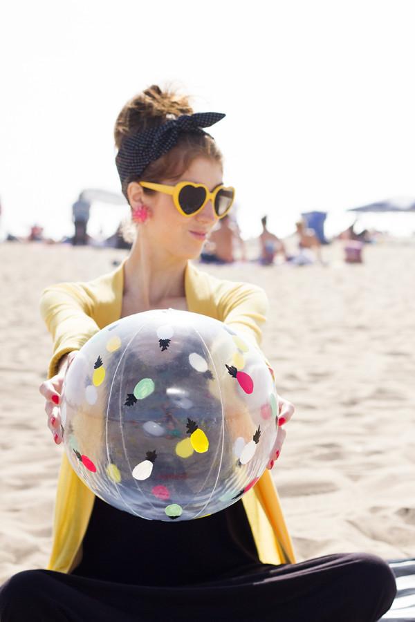 DIY Pineapple Beach Balls