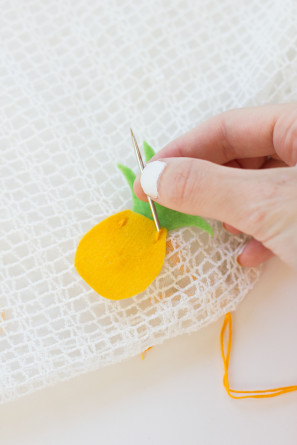 DIY Pineapple Table Runner Step 7