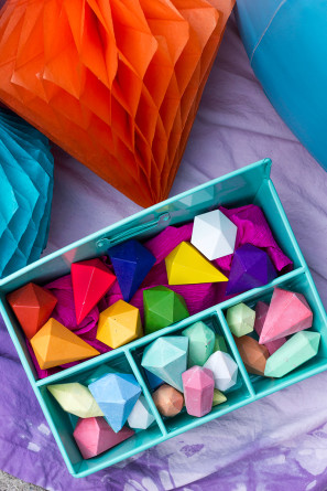 Geometric Crayons and Chalk