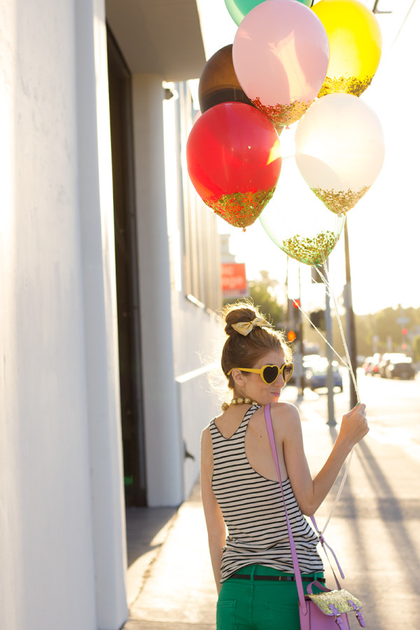 Confetti Dipped Balloons DIY Tutorial
