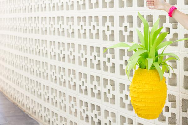 How To Make a Pineapple Piñata