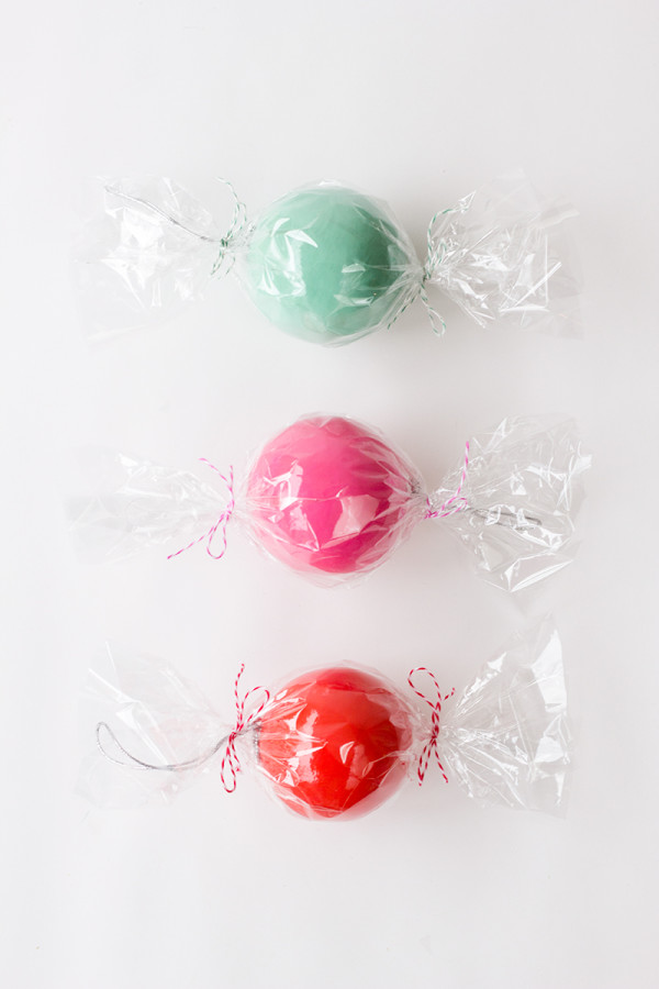DIY Candy Ornament Favors