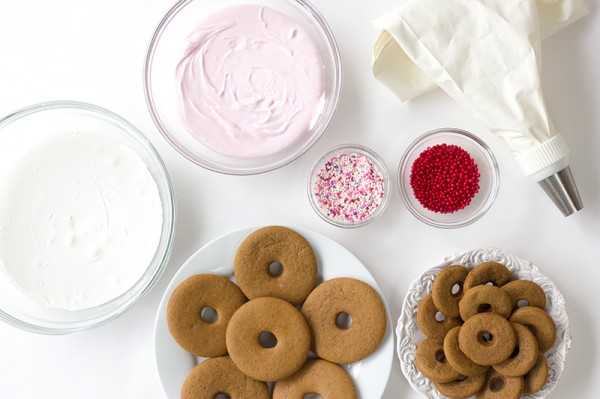 How to Make Gingerbread Donut Cookies
