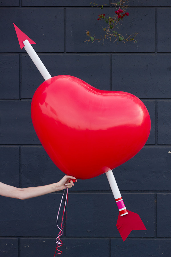 DIY Giant Cupid's Arrow Balloon