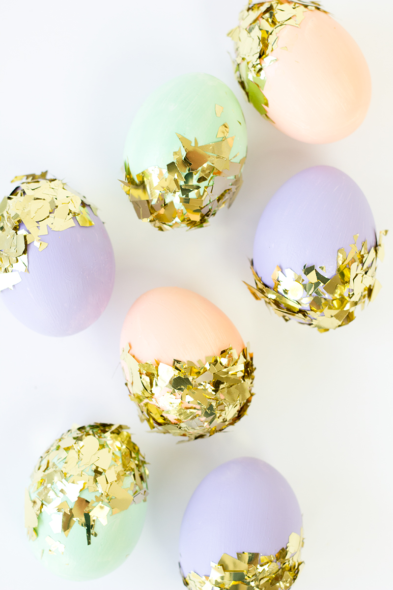 Diy confetti dipped easter eggs for Confetti dipped balloons