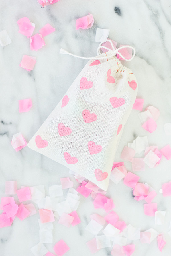 Heart Painted Favor Bags