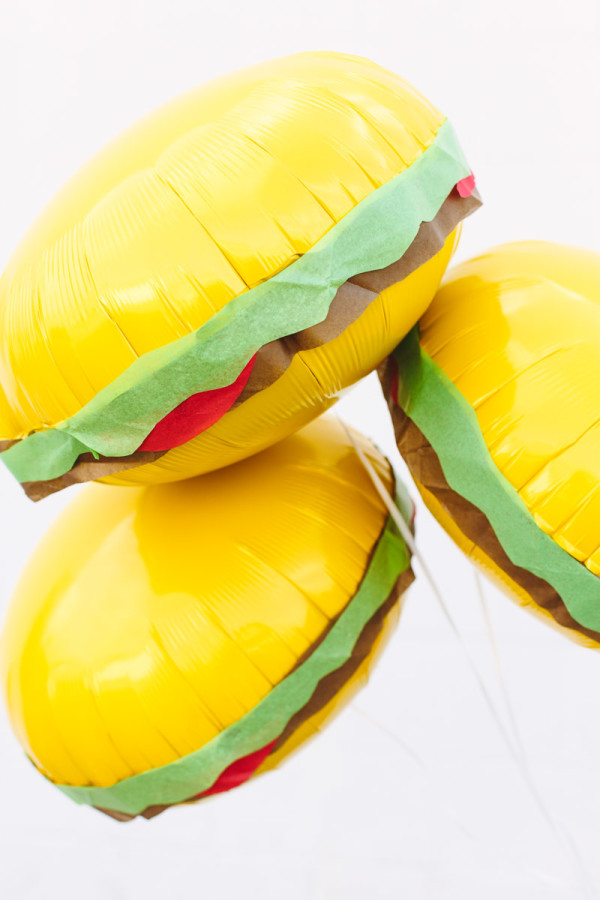 DIY Burger Balloons