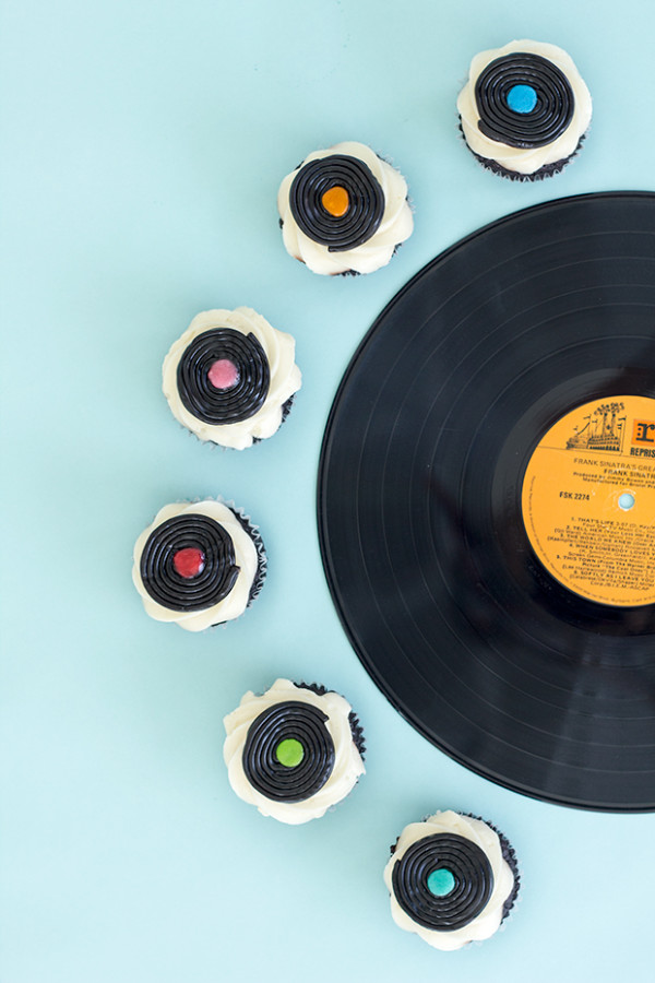 DIY Record Cupcake Toppers