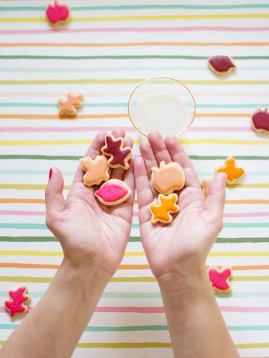 Let's Eat! | Mini Colorful Leaf Cookies