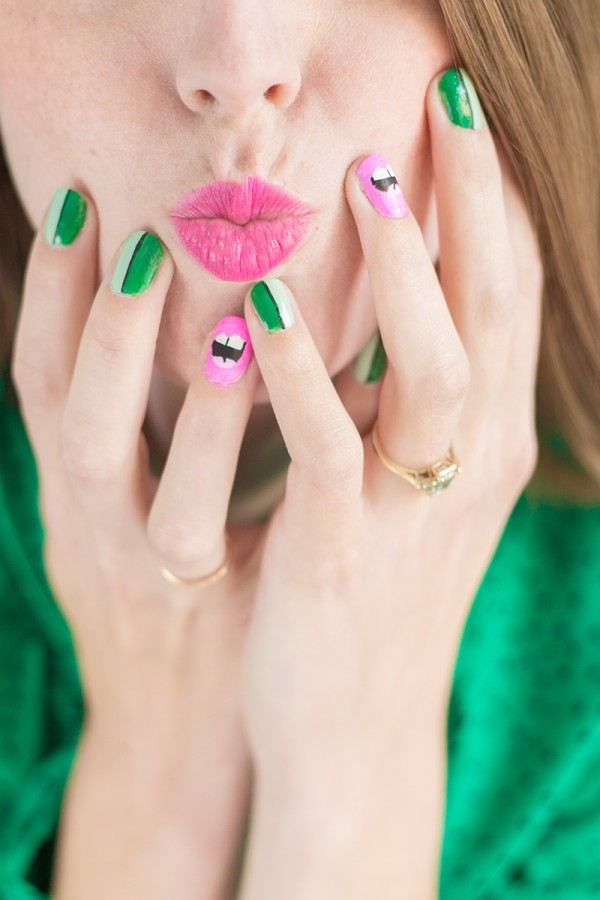 DIY Kiss Me I'm Irish Mani