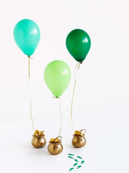 DIY Pot of Gold Balloon Surprises