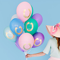 DIY Gold Horseshoe Balloons