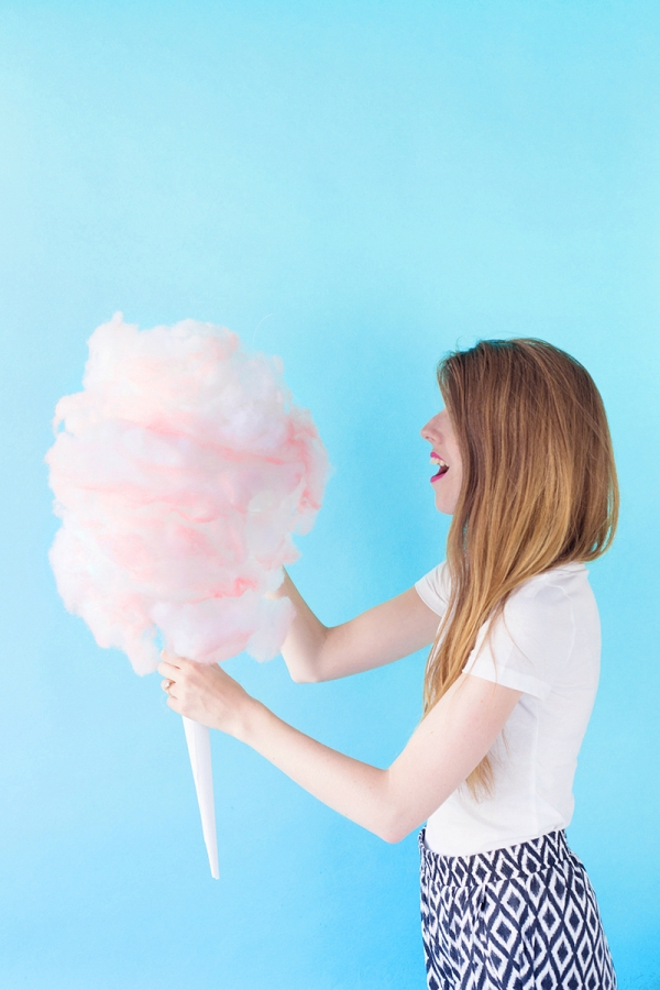 DIY Cotton Candy PIñata