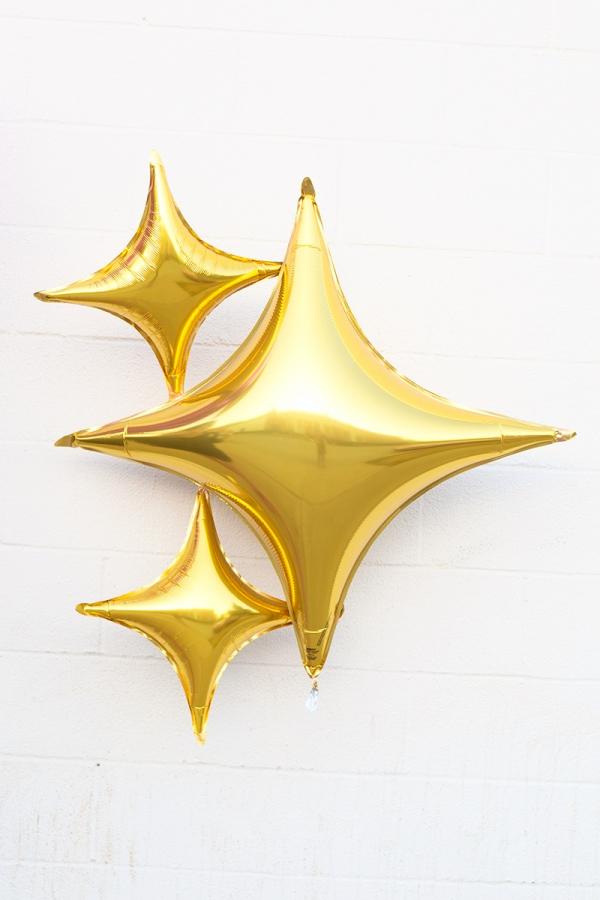 DIY Emoji Sparkles Balloon!