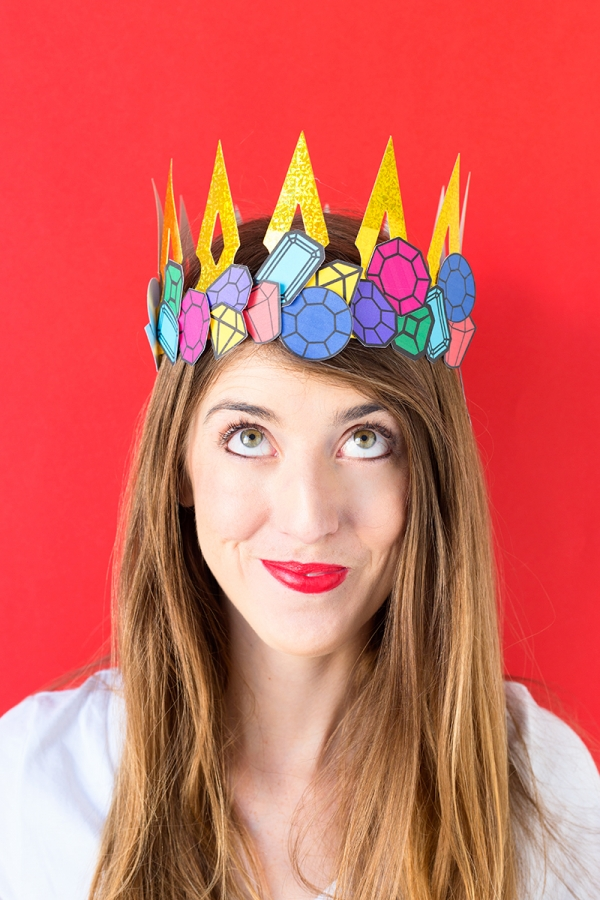 DIY Crown Jewels Costume | studiodiy.com